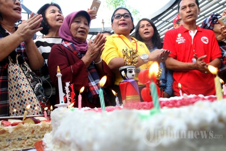 Peringati HUT Jokowi dan Ahok