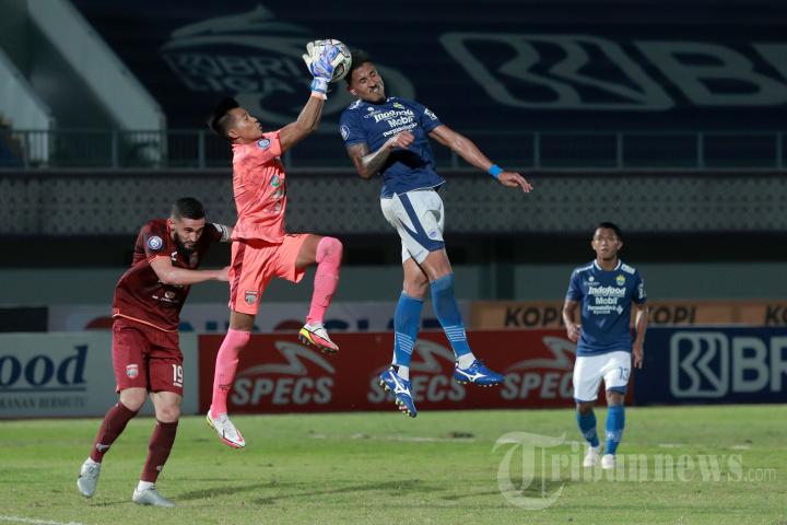 Persib Bandung vs Borneo FC Berakhir Imbang 0-0