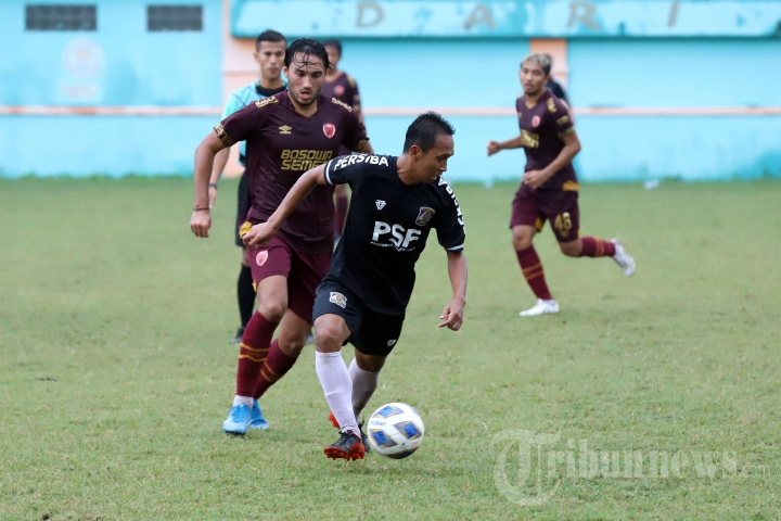 Pertandingan Uji Coba Persiba Balikpapan vs PSM Makassar