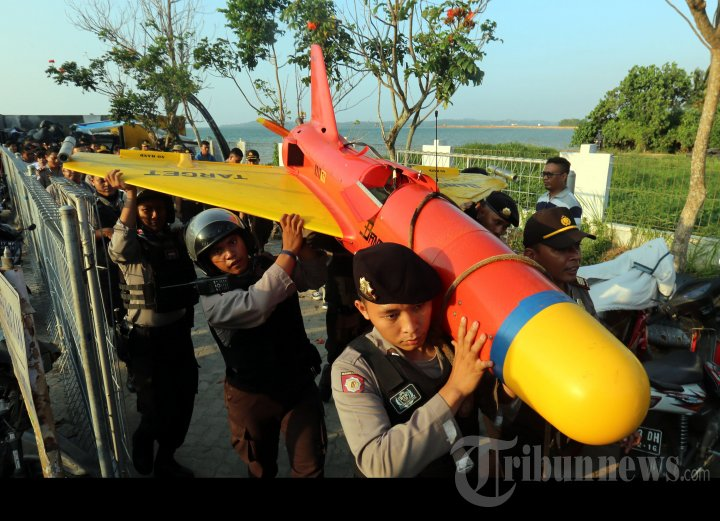 Pesawat Tanpa Awak Tak Dikenal Jatuh di Batam