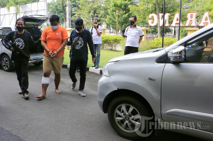 Polrestabes Semarang Gelar Kasus Pencurian Mobil