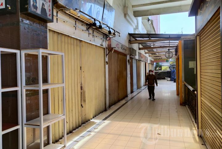 PPKM Level 4, Pasar Baru Trade Center Bandung Masih Tutup