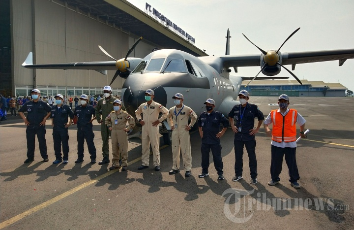PTDI Lepas Ferry Flight Pesawat CN235-220 MPA ke Senegal
