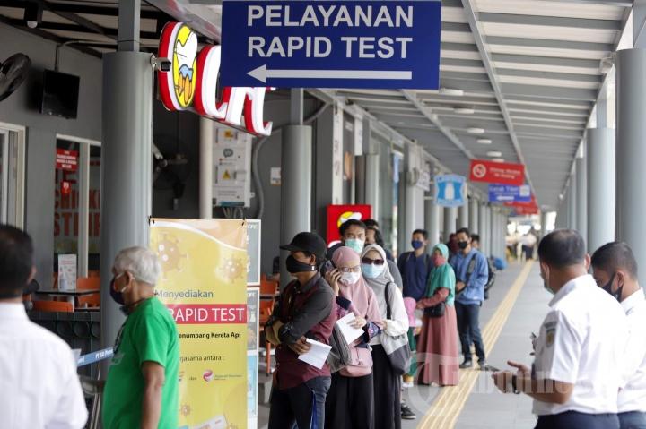 Rapid Test di Stasiun Bagi Penumpang Kereta Jarak Jauh
