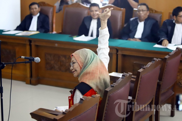 Ratna Sarumpaet Jalani Sidang Perdana Kasus Penyebaran Hoax