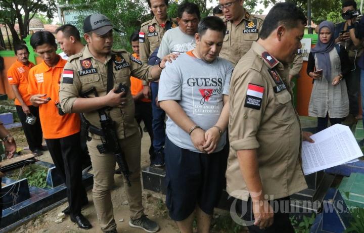 Rekonstruksi Pembunuhan Pegawai Kementerian PU Sumsel