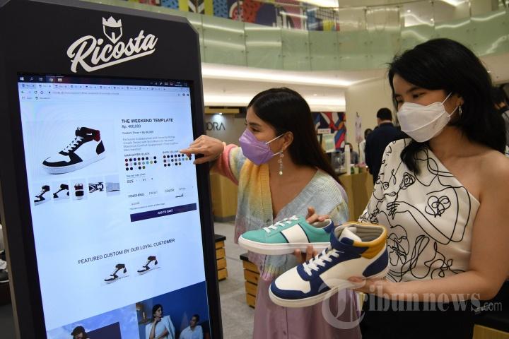 Sasar Pasar Milenial, Ricosta Hadirkan Sepatu Custom