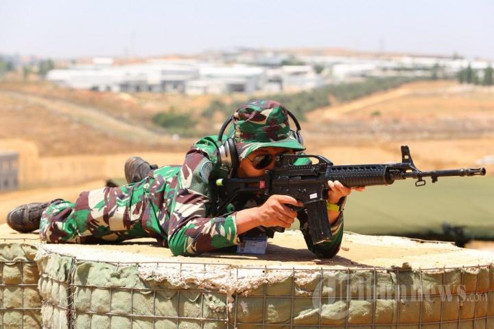 Satgas Yonmek TNI Konga XXIII N/UNIFIL Gelar Latihan Menembak