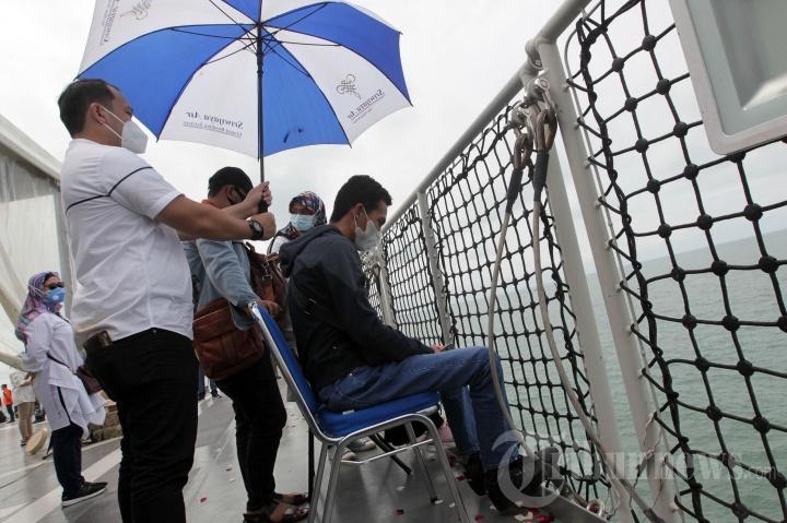 Tabur Bunga untuk Korban Pesawat Sriwijaya Air SJ 182