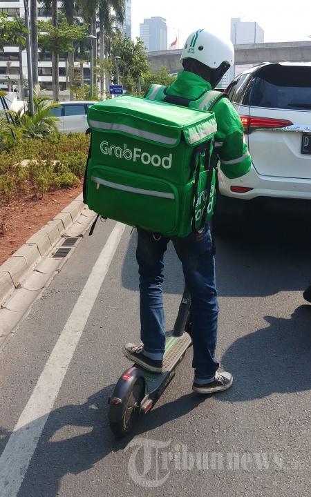 Tembus Kemacetan, Pengiriman Grabfood Gunakan GrabWheels