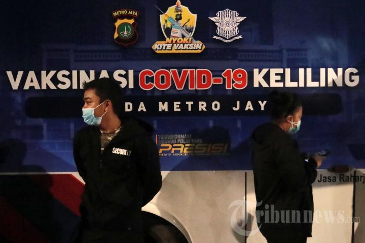 Vaksinasi Covid-19 Keliling Polda Metro Jaya