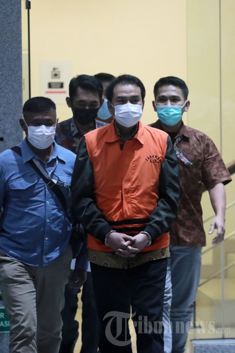 Wakil Ketua DPR RI Azis Syamsuddin Resmi Ditahan KPK