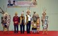 ahok-dan-puput-dapat-gelar-kehormatan-dari-masyarakat-dayak_20190714_141016.jpg