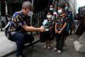 aice-distribusikan-masker-medis-bersama-ksp_20210724_152309.jpg