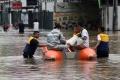 akses-jalan-caman-banjir_20200225_175507.jpg