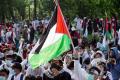 aksi-bela-palestina-di-depan-kedubes-amerika-serikat_20210518_201119.jpg