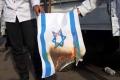 aksi-bela-palestina-di-depan-kedubes-amerika-serikat_20210518_202143.jpg