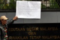 aksi-protes-insiden-bendera-terbalik-di-kedubes-malaysia_20170821_203939.jpg