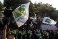 aksi-protes-kader-pbb-di-kpu_20180302_203924.jpg