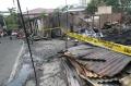 api-hanguskan-25-rumah-warga-di-kawasan-senayan-city_20201026_195141.jpg