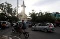 arus-lalu-lintas-depan-gereja-katedral-makassar-kembali-normal_20210329_205921.jpg