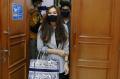 Aura Kasih Resmi Bercerai dari Eryck Amaral, Foto 7 ...