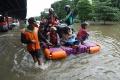 banjir-kembali-terjang-ibu-kota-jakarta_20200224_063758.jpg