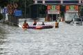 banjir-kembali-terjang-ibukota_20200223_192651.jpg