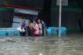 banjir-kembali-terjang-ibukota_20200223_192723.jpg
