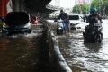 banjir-kembali-terjang-ibukota_20200223_192807.jpg