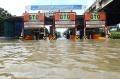 banjir-kembali-terjang-ibukota_20200223_193807.jpg