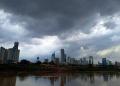 bmkg-keluarkan-peringatan-dini-cuaca-ekstrem-sepekan-ke-depan_20200922_170452.jpg