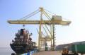 Bongkar Muat Peti Kemas di Pelabuhan Tanjung Emas Semarang