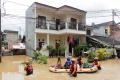 cipinang-melayu-kembali-terendam-banjir_20210219_200109.jpg