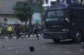Demo Tolak UU Cipta Kerja di Palembang Berujung Bentrok