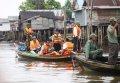 Distribusi Logistiik Pilkada ke Desa Terpencil di Banjarmasin
