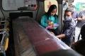 dua-jenazah-korban-pesawat-sriwijaya-air-sj-182-tiba-di-lampung_20210127_140652.jpg