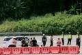 Ganjar Pranowo Tinjau Penyekatan Mudik di Gerbang Tol Kalikangkung