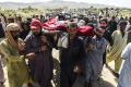 gempa-landa-pakistan-puluhan-orang-tewas_20211008_203338.jpg