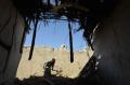 gempa-landa-pakistan-puluhan-orang-tewas_20211008_203825.jpg