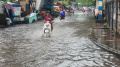 Genangan Air di Jalan Akibat Hujan Deras