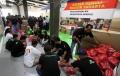 gojek-bagikan-paket-logistik-untuk-korban-banjir_20200105_215548.jpg