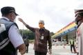 gubernur-ganjar-tinjau-gerbang-tol-kalikangkung_20210504_201805.jpg