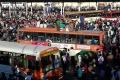 india-berlakukan-lockdown-ribuan-pekerja-migran-berusaha-mudik_20200329_230226.jpg