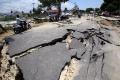 jalan-rusak-akibat-gempa_20181003_231635.jpg