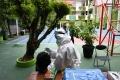 Jelang Pembelajaran Tatap Muka, Siswa SMP di Surabaya Jalani Tes Swab