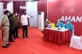 Jokowi Tinjau Vaksinasi Massal di TM Thamrin City