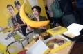 kaesang-dan-gibran-buka-gerai-baru-markobar-dan-sang-pisang_20181203_153059.jpg