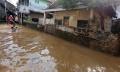 kawasan-kampung-melayu-terendam-banjir_20200209_135057.jpg