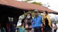 Keluarga Korban Sriwijaya Air SJ 182 Menunggu di Crisis Center Pontianak